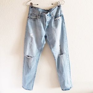 Levi's   501 Jeans Distressed Light Stone Wash 28